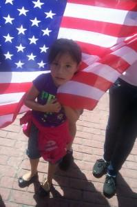 Nina en marcha de 1 de mayo en Los Angeles, CA Foto: Ruben Tapia