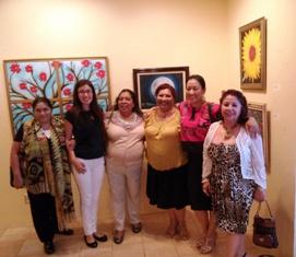Marilu, Daisy, Maria, Ana, Maricruz y Magally