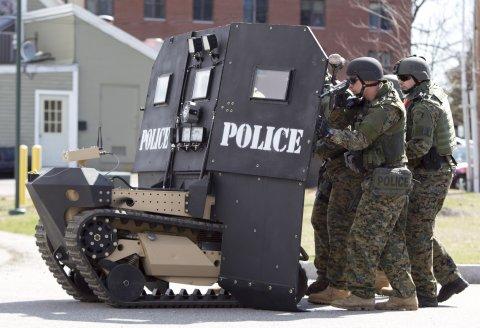 swat-team-police