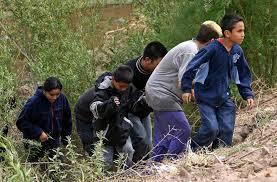 Niños centroamericanos en su travesía hacia este país.