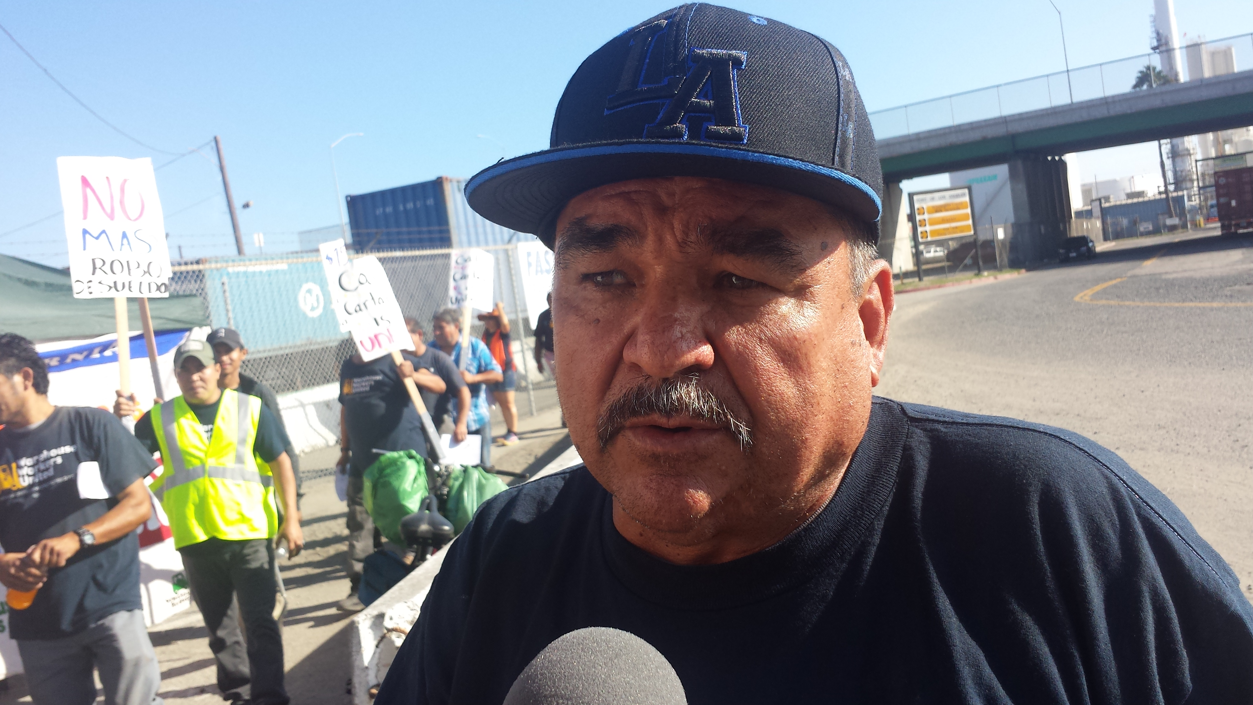 Rafel Quinteros says California Cartage Company owes him a lot of money. Photo: Rubén Tapia.