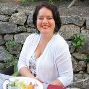 María Elena Hincapié, directora de Centro Nacional de Leyes de Inmigración NILC