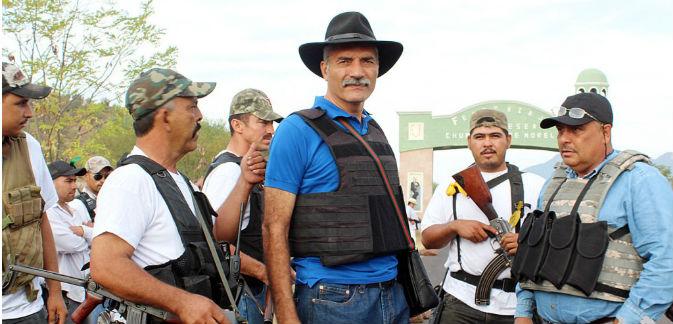 Dr. José Manuel Mireles Valverde y autodefensas en Michoacán, México.