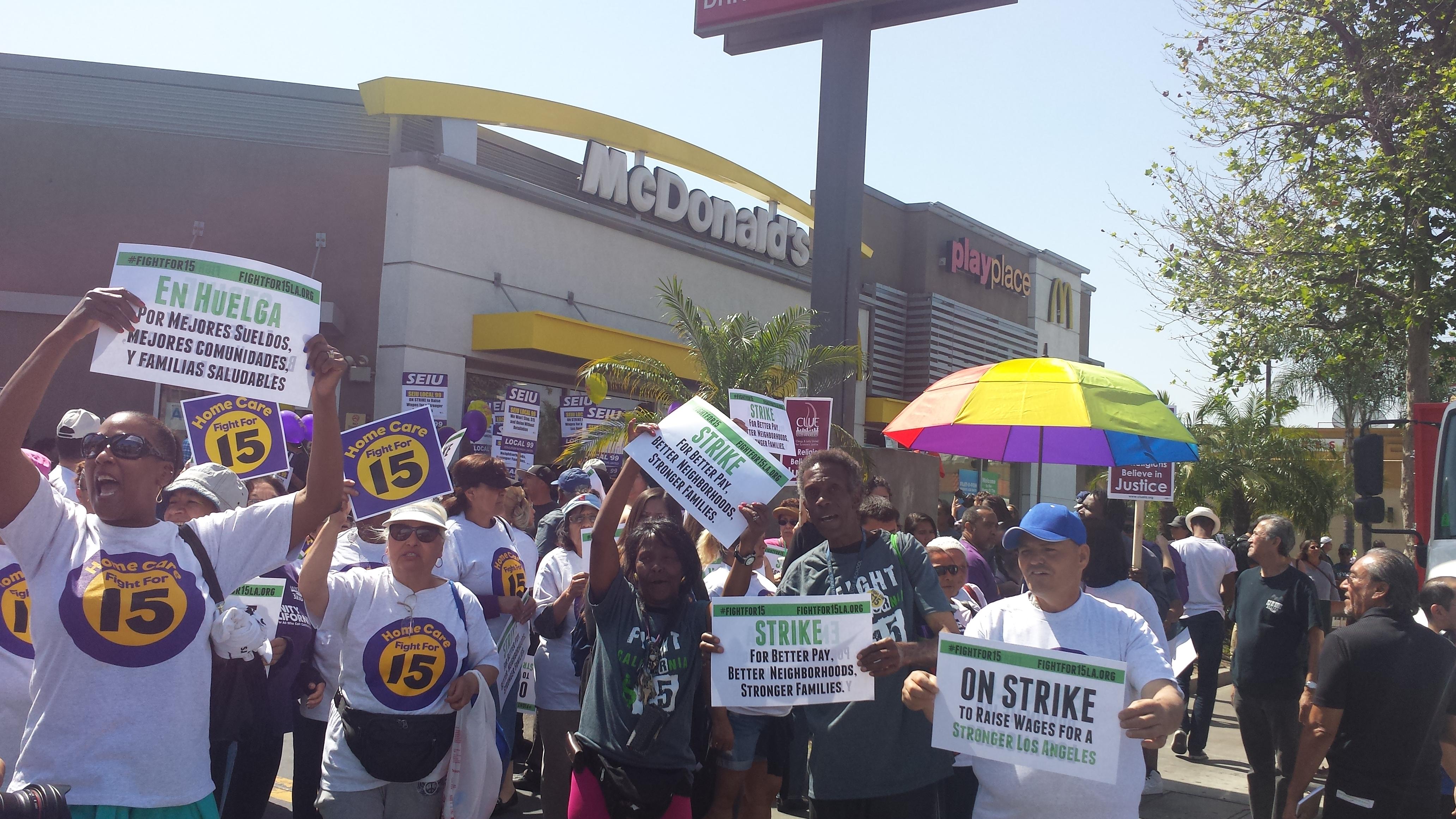 McDonalds-una-de-las-mega-empresas-que-no-quieren-subir-el-salario-a-15-dolares-y-no-reconocen-el-sindicato
