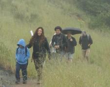 Alicia Cruz al frente de la caminata. Foto: Fernando Torres.