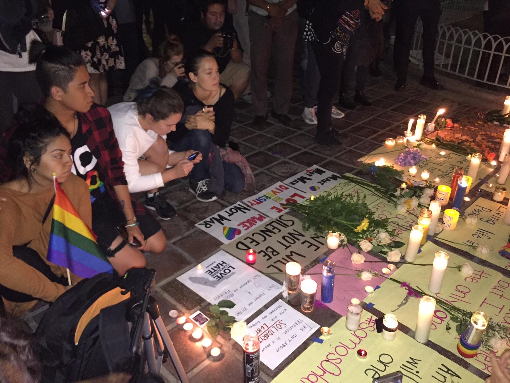 Momentos emotivos de vigila en LA