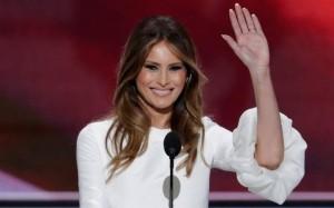 Melina Trump, esposa de Donald Trump, fuertemente criticada por la prensa nacional por el virtual plagio al discurso que diera la Primera Dama, Michelle Obama en la convención demócrata de 2008. Foto: kansascity.com