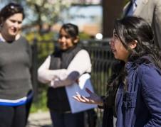 Sayra Hernández, de 16 años, está expuesta junto con su madre a ser deportada a México en cualquier momento. Foto: mlive.com