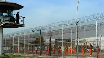 Prisioneros haciendo ejercicio  en la Prisión Estatal de Chino, California. Foto: foxnews.com
