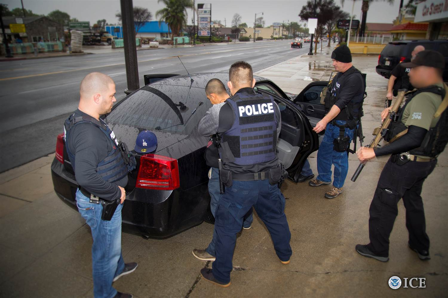 ice-immigration-arrests_0b71db142701fbe995884ebceb447757.nbcnews-ux-2880-1000