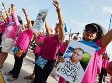Puertorriqueños claman por la libertad de Oscar López Rivera Foto: www.primerahora.com