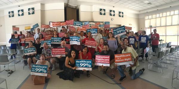 Foto de Grupo: Cortesía de California Nurses Association