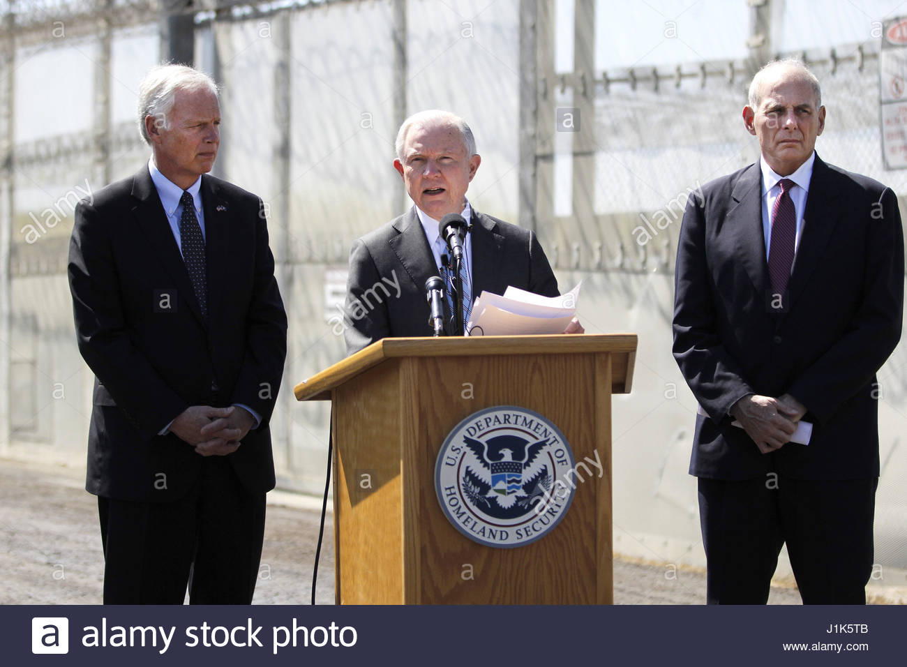 san-ysidro-ca-usa-21st-apr-2017-homeland-security-secretary-john-kelly-J1K5TB