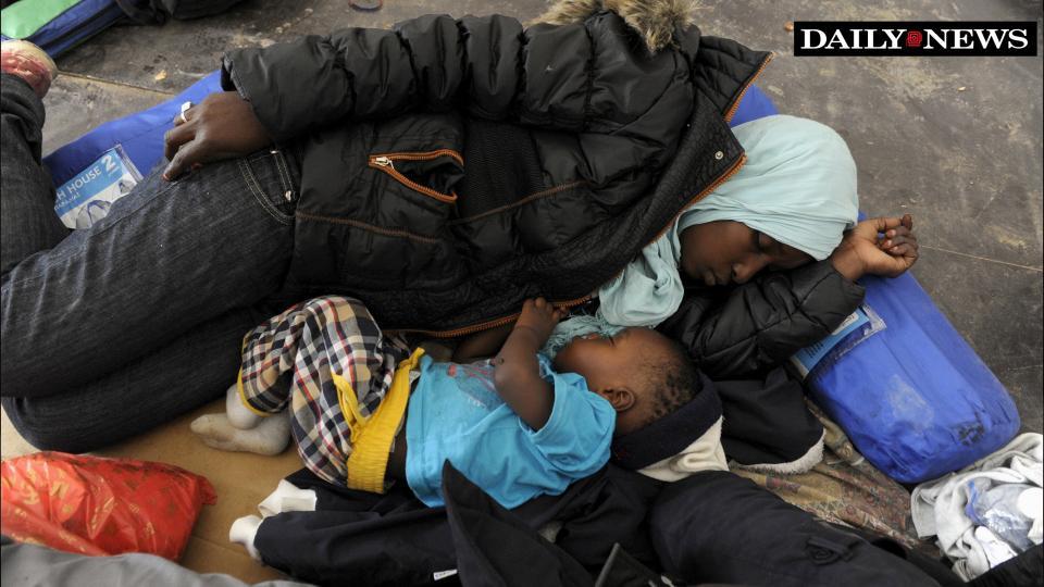El alcalde de Nueva York, Bill de Blasio hace esfuerzos, sin muchos éxito, para resolver la falta de vivienda.. foto: NY Daily News.