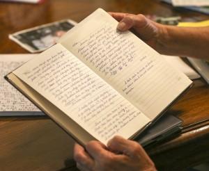 Edie Preller mantuvo un diario mientras luchaba con la fiebre del valle durante los últimos años de su vida. Foto: Henry A. Barrios / The Californian