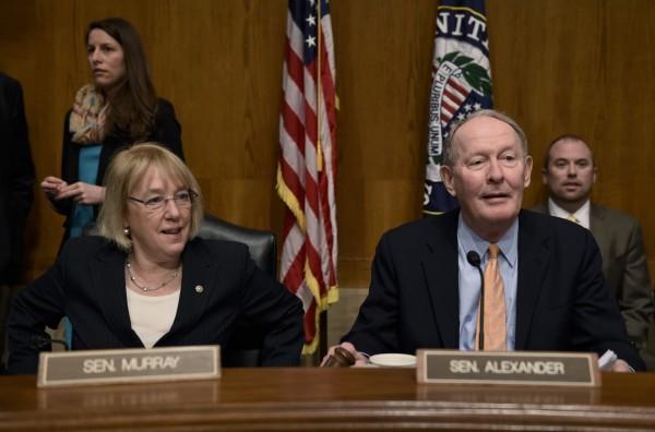 Senadores republicanos y demócrata Lamar Alexander y Patty Murray . Foto: Washington Post.
