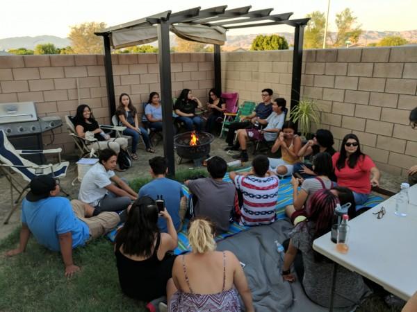 Los círculos de sanación de Justicia Restaurativa se usan para discutir los problemas no sólo estudiantiles sino de la comunidad en general, sino dentro y fuera de las aulas también.