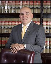 Concejal Sammy Casados. Foto: Pagina web del Concilio de Pasadena, TX.