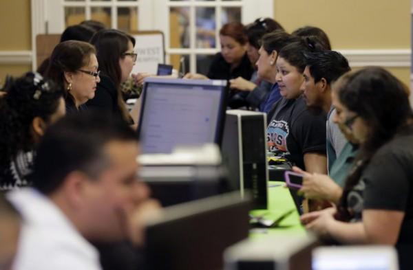 Navegadores de ACA ayudan a aquellos que buscan un seguro durante un evento de inscripción abierta. Foto: Talking Points Memo.