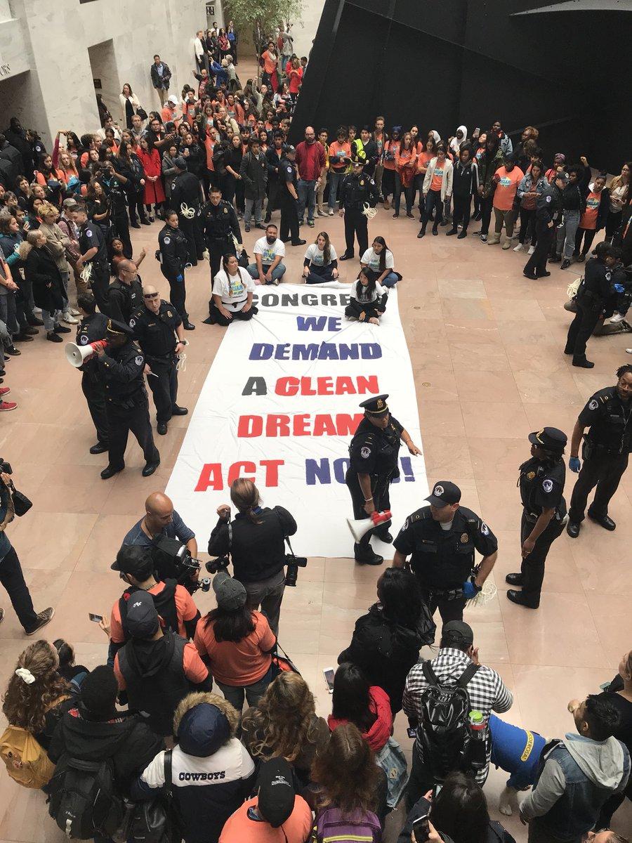 En el edificio Hart del congreso en Washngton, DC. foto:  Gustavo Andrade Tweet.