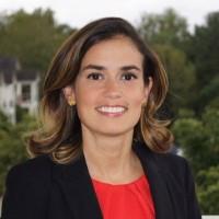 Juliana Cabrales, directora para la región del Atlántico medio, de la Asociación Nacional de Funcionarios Latinos Electos-NALEO. Foto: Tweeter.