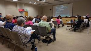 En una audiencia pública con representantes de la EPA en Sacramento, CA.