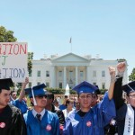 Encuestas recientes muestran un gran apoyo al Dream Act y a los Soñadores y sus familiares. Foto: www.salom.com