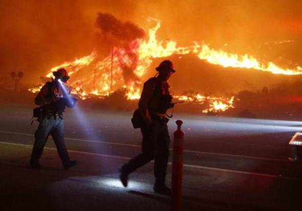 Incendio forestales en el condado de Ventura, California. Foto: christianpost.com