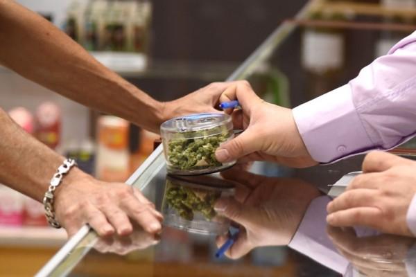 En un dispensario de marihuana. Foto: www.priceshall.com