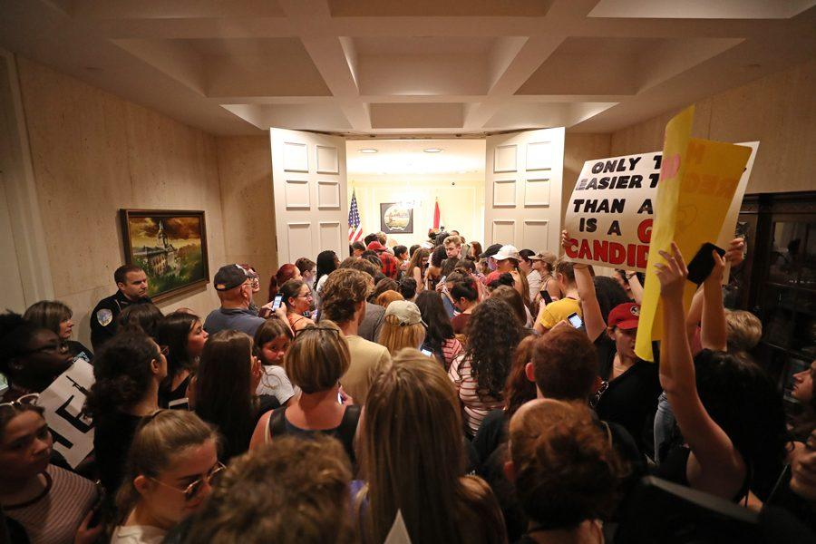 Estudiantes de la escuela Marjory Stoneman Douglas planearon la gran movilización nacional. Foto: www.ailynorthwestern.com.