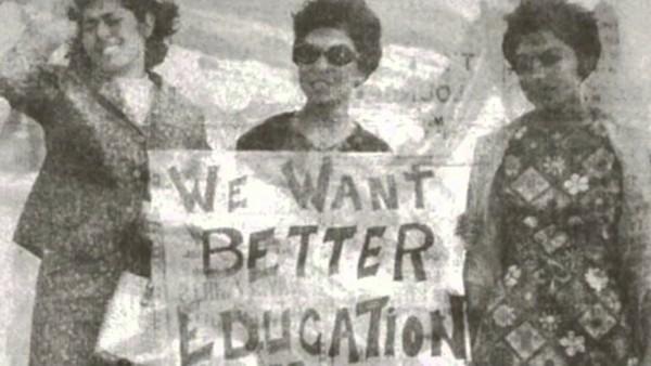 Manifestantes de aquel paro estudiantil en el Este de Los Ángeles. Foto: www.youtube.com.