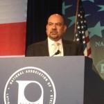 Arturo Vargas, director ejecutivo de la Asociación Nacional de Funcionarios Latinos, NALEO. Foto: www.nbcnews.com.
