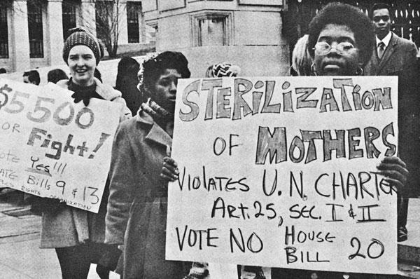 North Carolina To Pay $10 Million To Victims Of Forced Sterilization ... Medical Daily People protesting Sterilization in State Eugenics Program Victims ... Foto: Medical Daily.