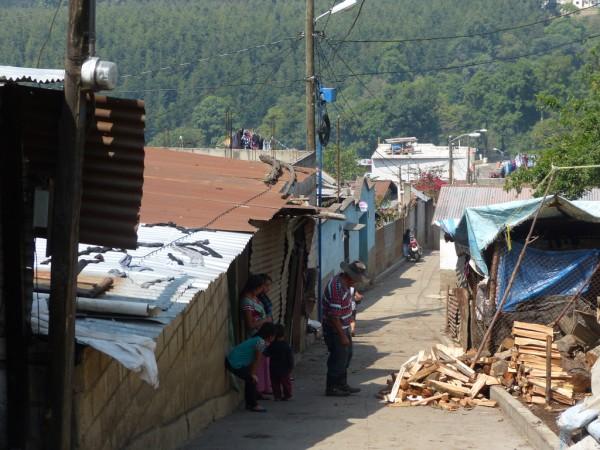 Un aspecto de San José de Calderas, empobrecido poblado de Guatemala una población de aproximadamente tres mil habitantes, muy similar a Postville, Iowa, de donde deportaron a los guatemaltecos de esta historia.
