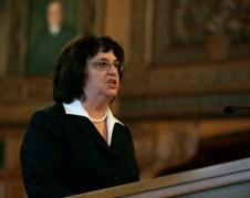 Procuradora General del estado de Nueva York, Barbara Underwood demanda a la fundación Trump y su familia por violar leyes federales. Foto: www.businessinsider.com.