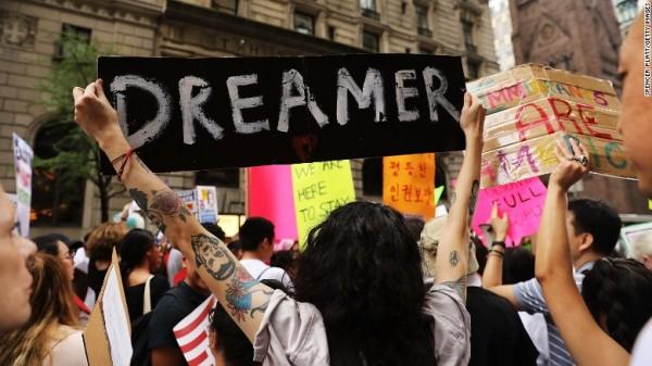 Protesta callejera contra política de Trump para acabar con DACA. Foto: www.cnn.com