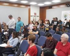 Residentes de Fresno en línea para preguntas y comentarios