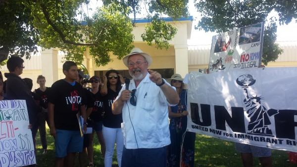 Gonzalo Santos. Profesor de la Universidad de Bakersfield. Foto: Rubén Tapia.