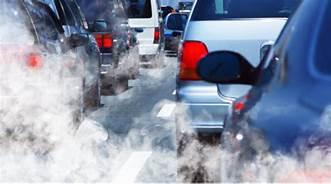 Contaminación del aire por emisiones vehiculares de carbono. Foto: www.dmvnv.com.