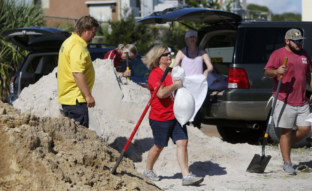 Se preparan en las Carolinas para recibir al Huracán Florence. Foto St. Louis Post-Dispatch.