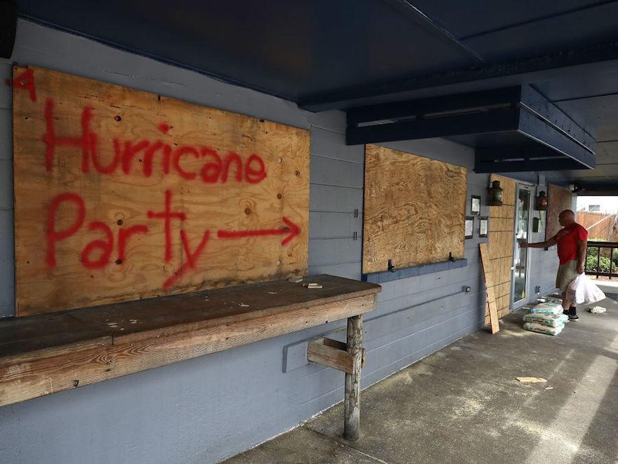 Preparándose para la llegada del Huracán Florence en las Carolinas. Foto: www.10news.com.