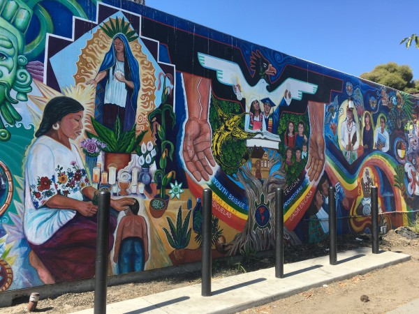 La Clínica de la Raza en Oakland tiene 47 años atendiendo a los más necesitados.