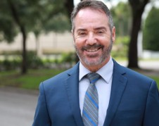 Rafael Ortiz -Segura, ex Juez de Inmigración. Foto de la página webde Lim Law.