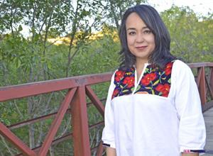 Cristina Balli, Directora Ejecutiva del Guadalupe Cultural Arts Center.  Foto: www.valleymorningstar.com