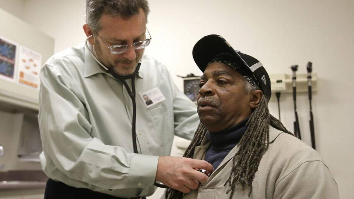 Doctor Leonid Basovich, left, examines Medi-Cal patient Michael Epps, at the WellSpace Health clinic in Sacramento in 2016. Rich Pedroncelli AP  Read more here: https://www.sacbee.com/opinion/op-ed/soapbox/article207076799.html#storylink=cpy