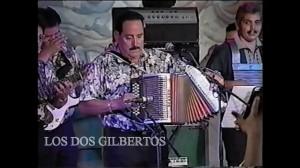Gilberto García Jr., afamado acordeonista.