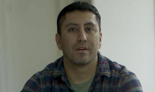 """Rudy Valdez, cineasta creador de la cinta """"The Sentence"""" (La sentencia), que cuenta la historia de la injusticia del sistema de justicia penal basado en las sentencias mínimas obligatorias como estrategia de la guerra contra las drogas. Foto: Los Angeles Times."""