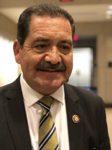 Congresista demócrata, Chuy García.