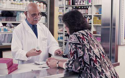 Farmacia en el lado mexicano de la frontera con EE UU. Foto: Verywell Health.