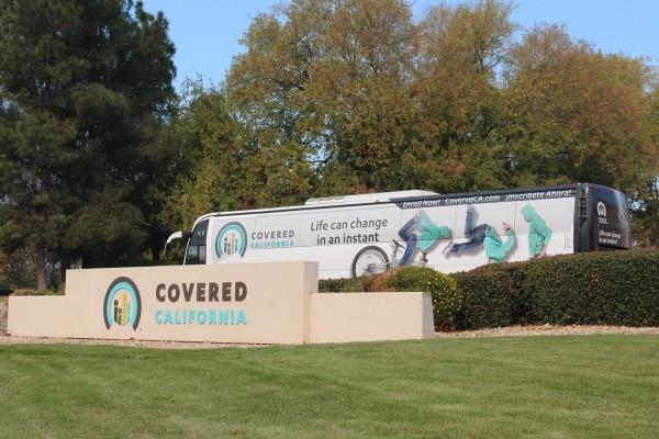 Para promover la inscripción abierta en 2019, Covered California lanzó un recorrido en autobús por 16 paradas y 16 ciudades, que comenzó en Sacramento. Foto: Ana B. Ibarra / California Healthline.